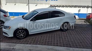Foto venta Auto Seminuevo Volkswagen Jetta Fest (2017) color Blanco precio $225,000