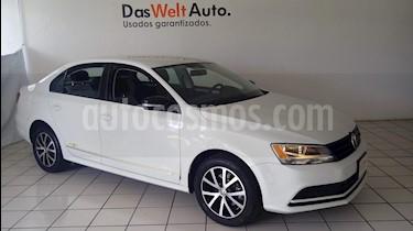 Foto Volkswagen Jetta Fest usado (2017) color Blanco precio $229,900