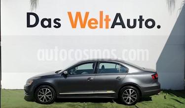 Foto venta Auto usado Volkswagen Jetta Fest (2017) color Gris Platino precio $258,000