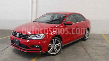 Foto venta Auto usado Volkswagen Jetta GLi Aut (2017) color Rojo precio $365,000