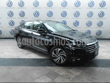 Foto venta Auto usado Volkswagen Jetta Highline Tiptronic (2019) color Negro precio $394,000