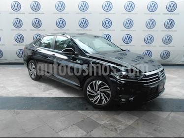 Foto venta Auto Seminuevo Volkswagen Jetta Highline (2019) color Negro precio $399,000