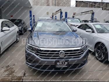 Foto venta Auto usado Volkswagen Jetta Highline (2019) color Gris Oscuro precio $405,000
