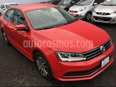 Foto venta Auto Seminuevo Volkswagen Jetta JETTA TRENDLINE STD (2017) color Rojo Tornado precio $230,000