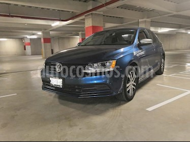 Foto venta Auto usado Volkswagen Jetta Live Tiptronic (2016) color Azul precio $187,000