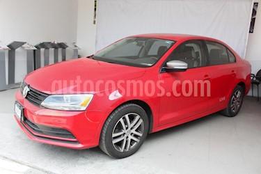 Foto venta Auto Seminuevo Volkswagen Jetta Live (2016) color Rojo precio $207,000