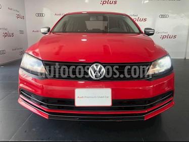 Foto venta Auto usado Volkswagen Jetta Live (2017) color Rojo precio $195,000