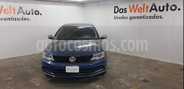 Foto venta Auto usado Volkswagen Jetta Live (2017) color Azul precio $229,000