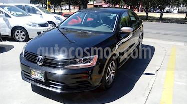 Foto venta Auto usado Volkswagen Jetta Live (2016) color Negro precio $204,990