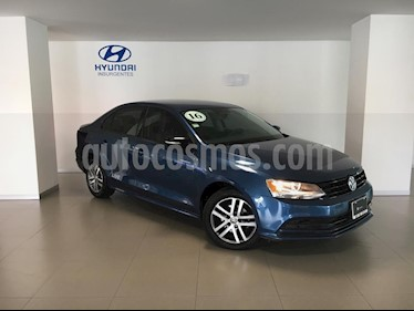 Foto venta Auto Seminuevo Volkswagen Jetta Live (2016) color Azul precio $209,000