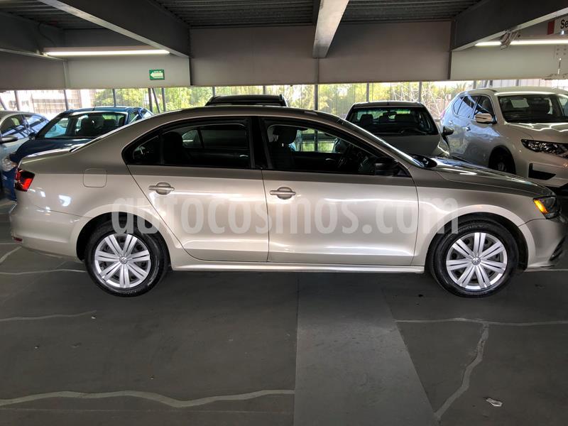 Volkswagen Jetta 2.0 usado (2016) color Bronce precio $165,000
