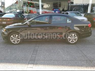 Volkswagen Jetta 4P TRENDLINE AT RA-16 usado (2015) color Negro precio $199,000