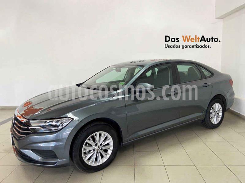 Volkswagen Jetta Comfortline usado (2019) color Gris precio $306,085