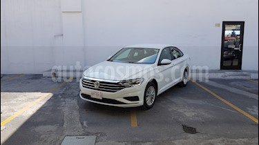 Foto Volkswagen Jetta Comfortline Tiptronic usado (2019) color Blanco precio $330,000