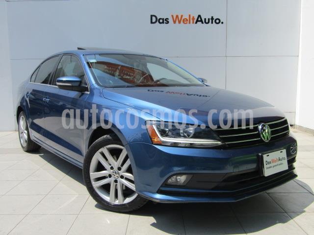 Volkswagen Jetta Sportline usado (2017) color Azul precio $235,000