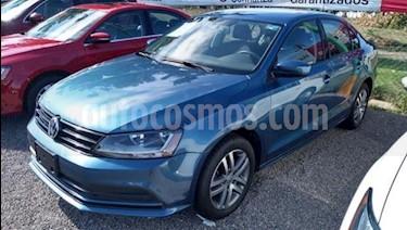 Volkswagen Jetta Trendline 2.0 usado (2018) color Azul precio $270,000