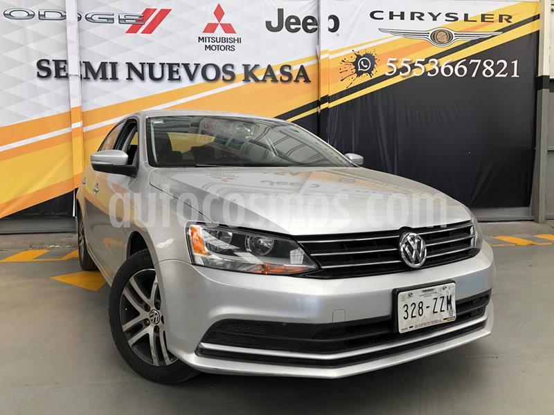 Volkswagen Jetta Trendline usado (2015) color Plata Dorado precio $199,000