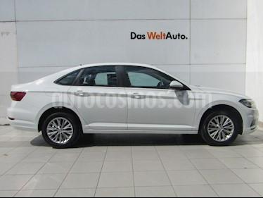 Volkswagen Jetta Comfortline Tiptronic usado (2019) color Blanco precio $359,000