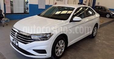 Volkswagen Jetta 4p Trendline L4/1.4/T Aut usado (2019) color Blanco precio $214,900