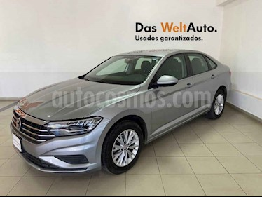 Volkswagen Jetta 4p Comfortline L4/1.4/T Aut usado (2019) color Plata precio $291,710