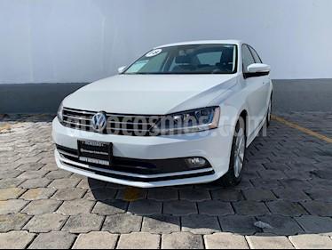 Volkswagen Jetta Comfortline usado (2018) color Blanco precio $264,900