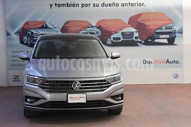 Volkswagen Jetta Highline Tiptronic usado (2019) color Plata precio $375,000