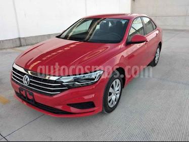 Volkswagen Jetta 4p Trendline L4/1.4/T Man usado (2019) color Rojo precio $276,000