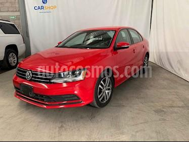 Volkswagen Jetta 4p Trendline L5/2.5 Aut usado (2017) color Rojo precio $189,900