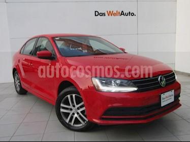 Volkswagen Jetta Trendline usado (2018) color Rojo Tornado precio $229,000