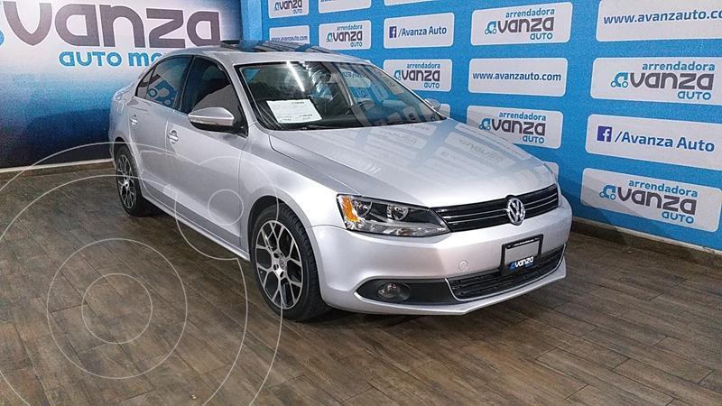 Volkswagen Jetta 2.0 usado (2011) color Plata Dorado precio $140,000