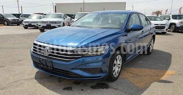 Volkswagen Jetta 4p Trendline L5/2.5 Aut usado (2018) color Azul precio $244,900