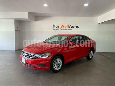 Volkswagen Jetta 4p Comfortline L4/1.4/T Man usado (2019) color Rojo precio $291,000