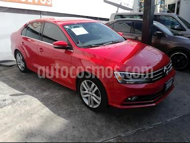 Volkswagen Jetta Sportline usado (2018) color Rojo precio $280,000