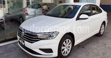 Volkswagen Jetta 4p Trendline L4/1.4/T Aut usado (2019) color Blanco precio $239,900