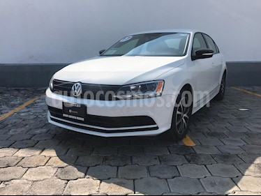 Volkswagen Jetta Fest Tiptronic usado (2017) color Blanco precio $215,000