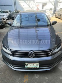 Volkswagen Jetta Sportline 1.8 T Piel usado (2017) color Gris precio $245,000