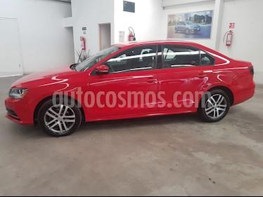 Volkswagen Jetta Trendline 2.0 Aut usado (2018) color Rojo precio $249,000