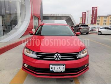 Volkswagen Jetta Sport usado (2018) color Rojo precio $265,000