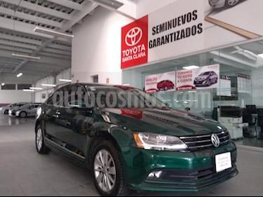 Foto Volkswagen Jetta Trendline usado (2017) color Verde precio $240,000