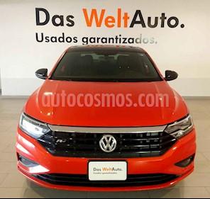 Volkswagen Jetta R-Line usado (2019) color Naranja precio $345,000
