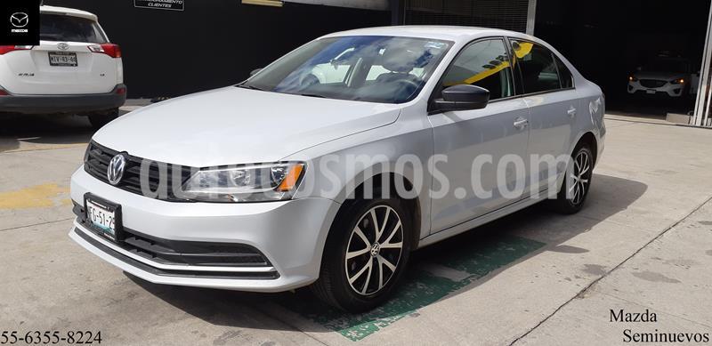 Volkswagen Jetta 2.0 usado (2018) color Plata Reflex precio $209,900