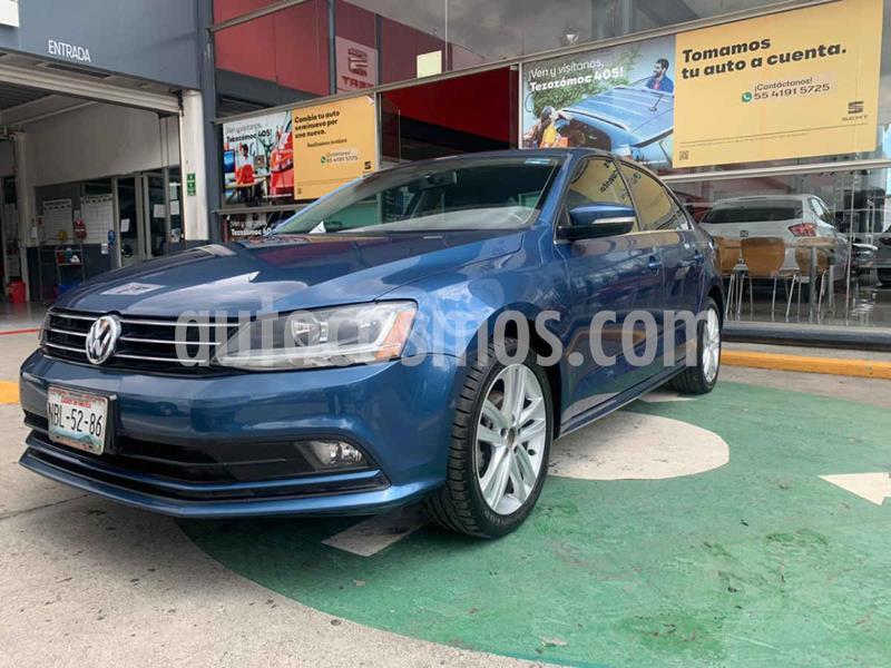 Foto Volkswagen Jetta Sportline usado (2017) color Azul precio $228,990