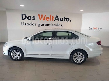 Volkswagen Jetta 4p Comfortline L5/2.5 Aut usado (2018) color Blanco precio $249,900