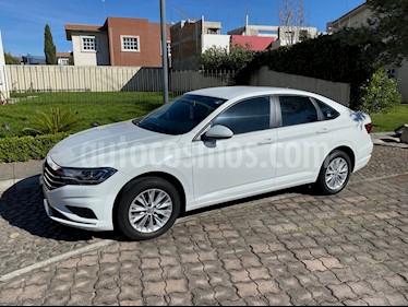 Volkswagen Jetta Comfortline usado (2019) color Blanco precio $265,000