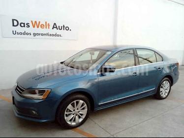 Volkswagen Jetta 4p Comfortline L5/2.5 Aut usado (2018) color Azul precio $249,000