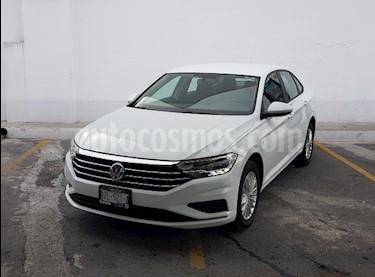 Volkswagen Jetta Comfortline Tiptronic usado (2019) color Blanco precio $328,000