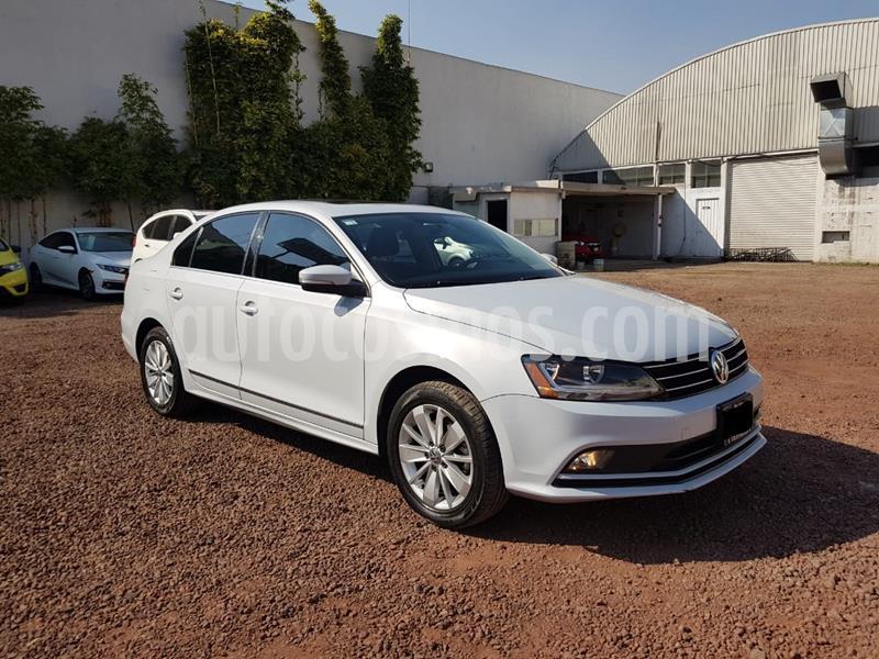 Volkswagen Jetta Trendline usado (2017) color Blanco precio $210,000