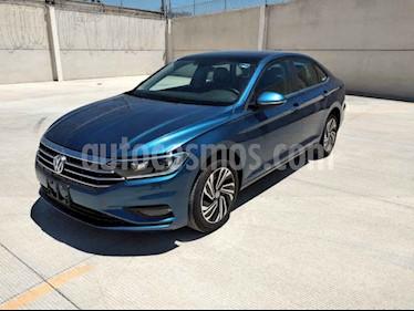 Volkswagen Jetta 4p Highline L4/1.4/T Aut usado (2019) color Azul precio $360,000