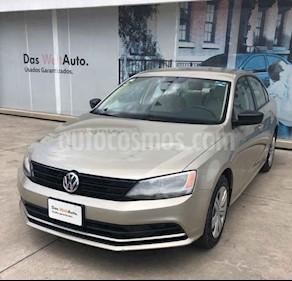 Foto Volkswagen Jetta 2.0 usado (2016) color Beige precio $186,990