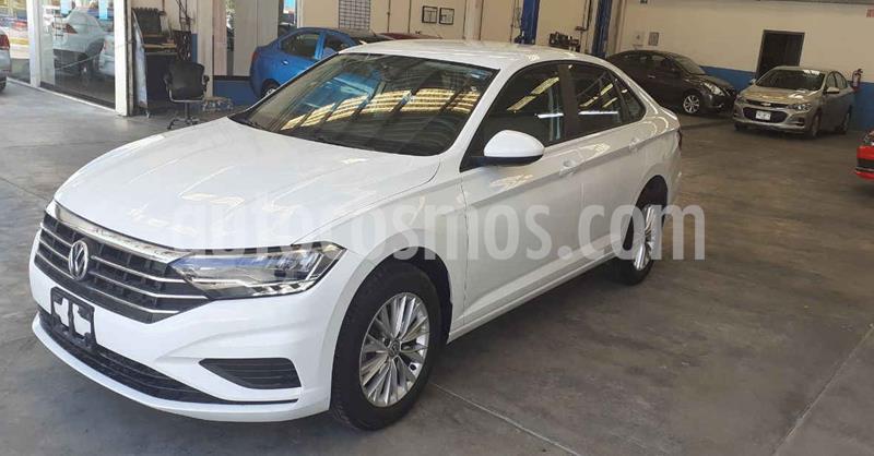 Volkswagen Jetta 4p Comfortline L4/1.4/T Aut usado (2019) color Blanco precio $269,900